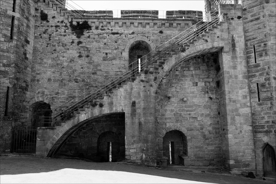 Carcassone_Black_and_White_Photos_007.jpg