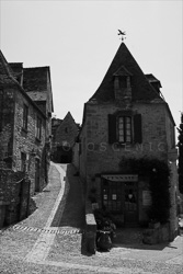 Beynac_Black_and_White_Photo_002.jpg