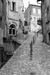 Saint_Emilion_Black_and_White_Photo_002.jpg