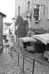 Saint_Emilion_Black_and_White_Photo_007.jpg