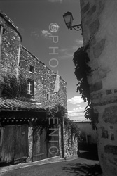 Saint_Emilion_Black_and_White_Photo_009.jpg