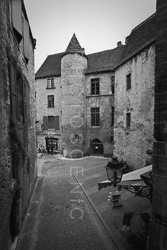 Sarlat_La_Vielle_Black_and_White_Photo_002.jpg