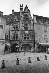 Sarlat_La_Vielle_Black_and_White_Photo_004.jpg