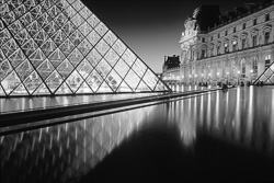 Paris_Le_Louvre_black_and_white_photos_015.jpg