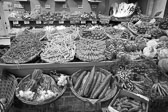 Market_Display_in-France_Black_and-White_Photos019.jpg