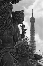 Paris_Statues_and_Sculptures_Black_and_White_Photos_017.jpg