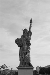 Paris_Statues_and_Sculptures_Black_and_White_Photos_024.jpg