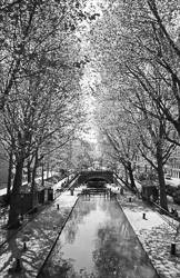Paris_Streets_and_Buildings_Black_and_White_Photo_013.jpg