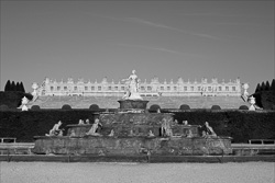 Versailles_Castles_Black_and_White_Photos_006.jpg