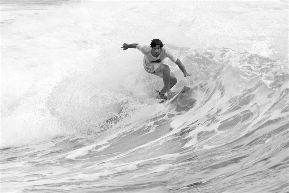 Manly_Beach_Surfing_Black_and_White_Photos_041.jpg