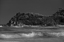 Manly_Beach_Surfing_Black_and_White_Photos_020.jpg