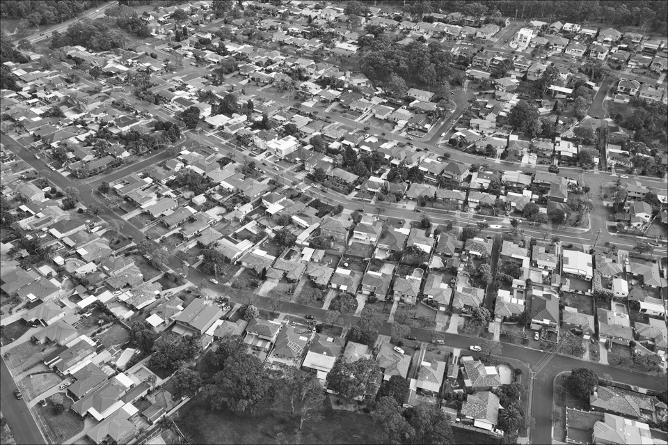 Sydney_from_helicopter_bw_001.jpg