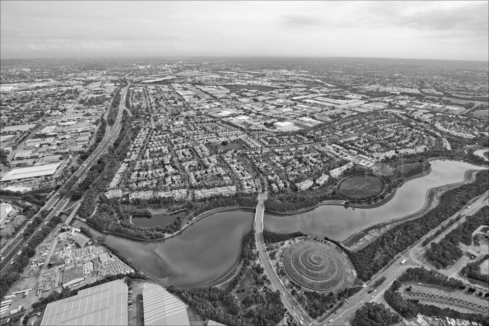 Sydney_from_helicopter_bw_004.jpg