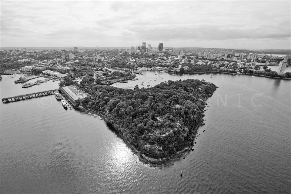 Sydney_from_helicopter_bw_016.jpg