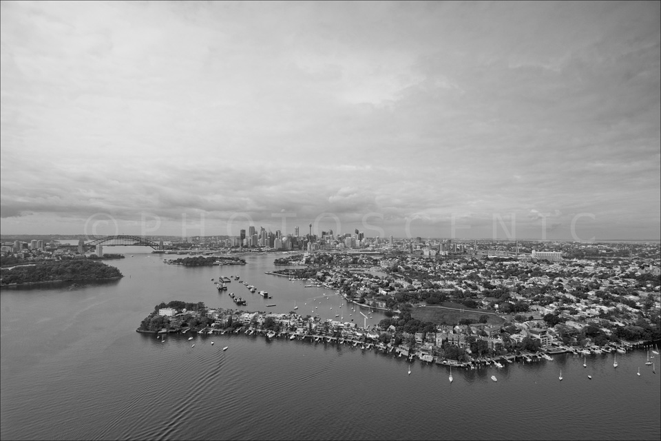 Sydney_from_helicopter_bw_039.jpg