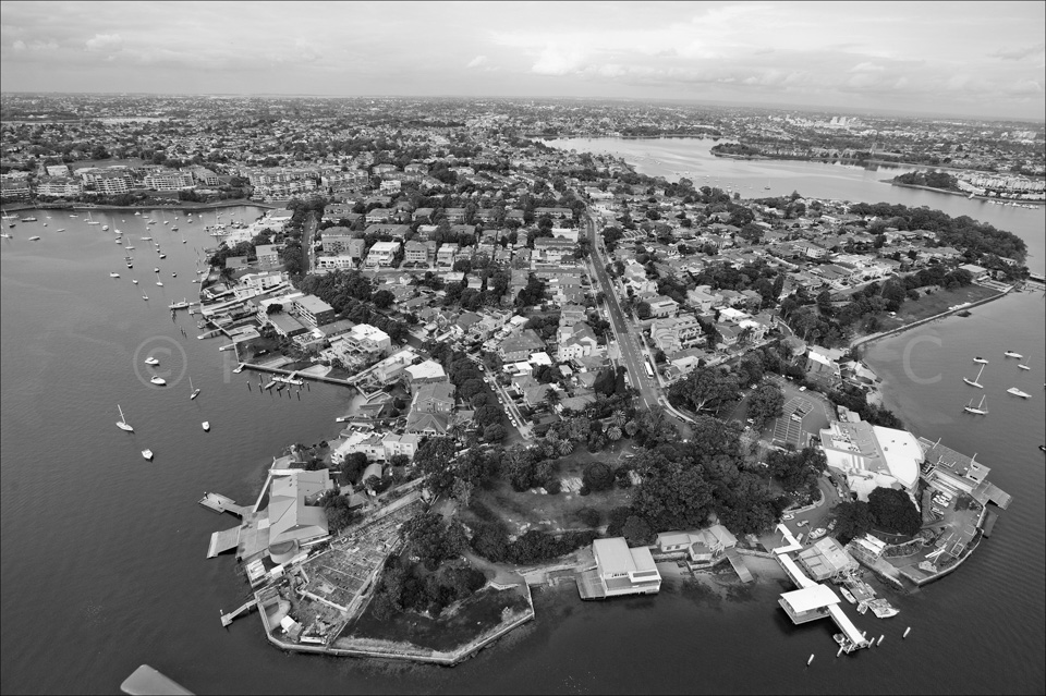 Sydney_from_helicopter_bw_049.jpg