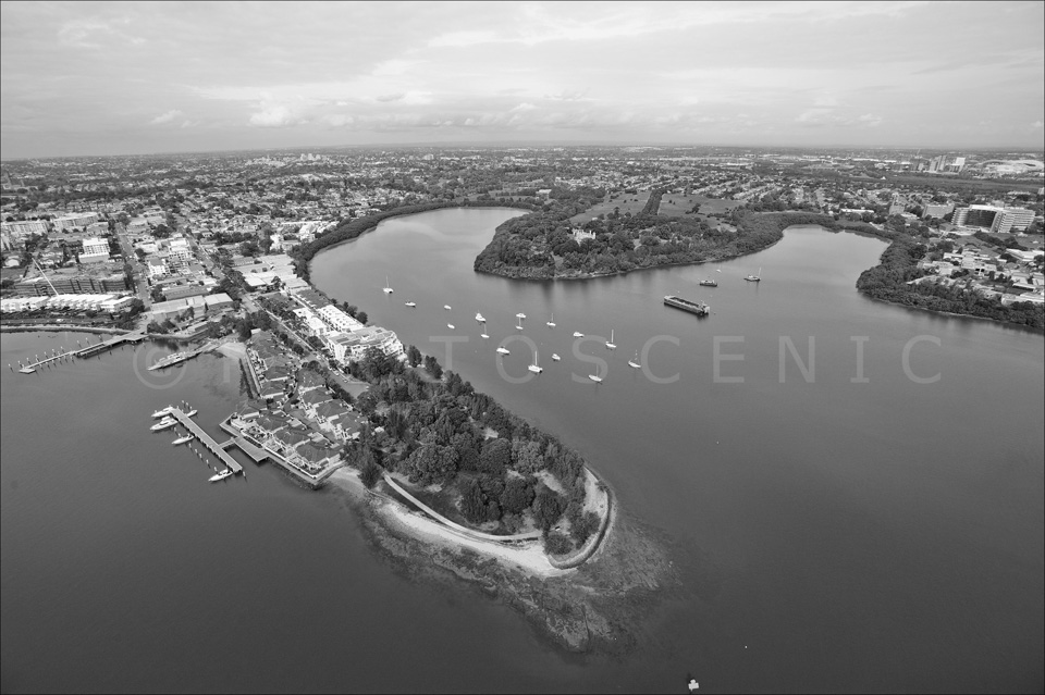 Sydney_from_helicopter_bw_053.jpg