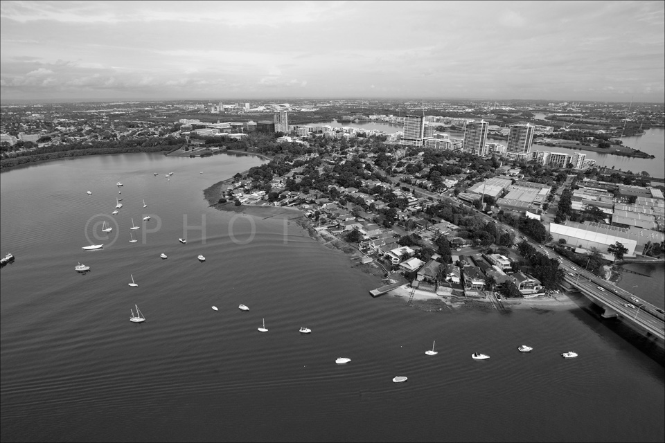 Sydney_from_helicopter_bw_056.jpg