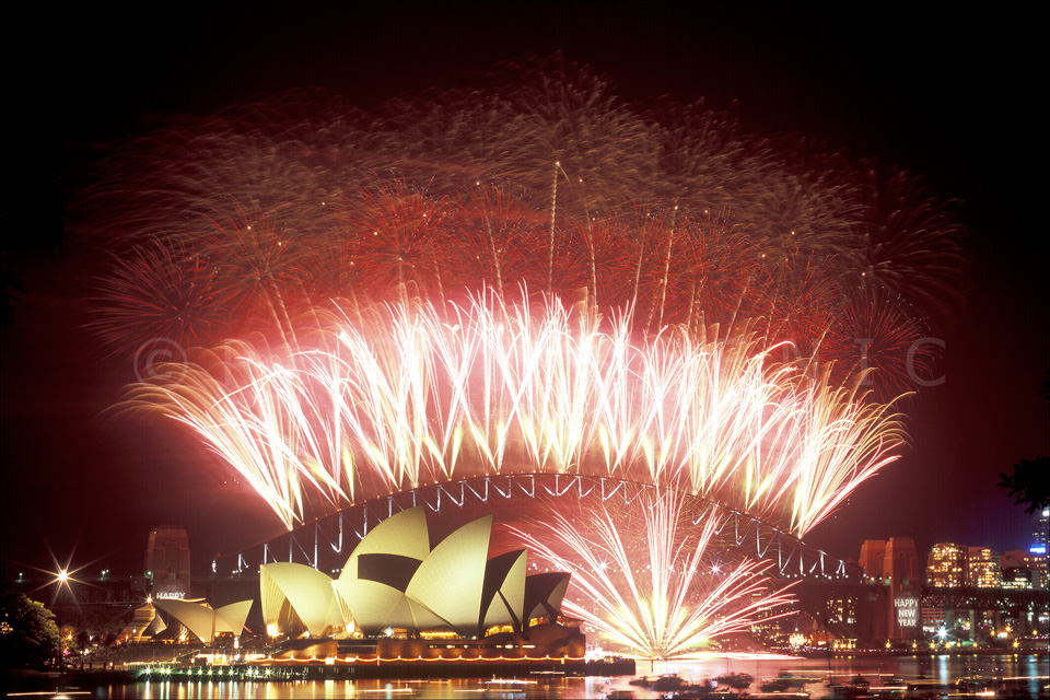 2004-2005 Sydney New Year Celebrations Fireworks