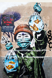 Graffitti_in-France_Colour_Photos_004.jpg