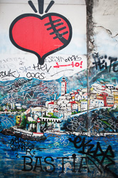 Graffitti_in-France_Colour_Photos_006.jpg