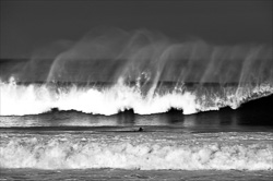 Manly_Beach_Surfing_Black_and_White_Photos_001.jpg