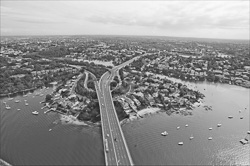 Sydney_from_helicopter_bw_012.jpg