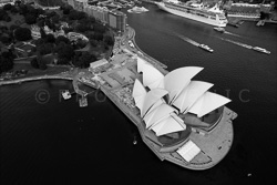 Sydney_from_helicopter_bw_029.jpg
